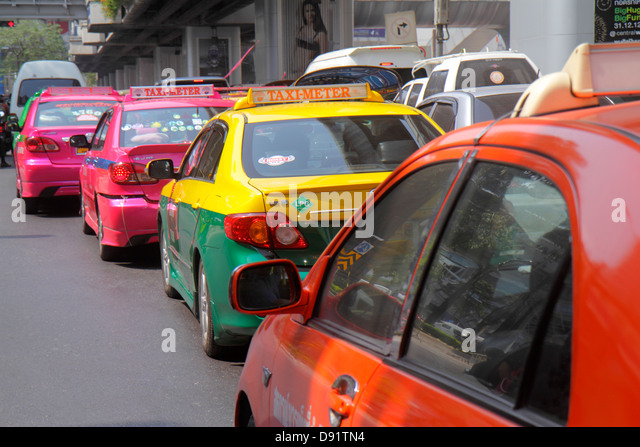 Thailand Bangkok Pathum Wan Rama 1 Road taxi taxis cab cabs traffic - Stock Image