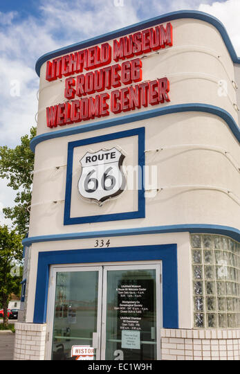 Illinois Litchfield Historic Route 66 Litchfield Museum & and Route 66 Welcome Center centre front entrance - Stock Image