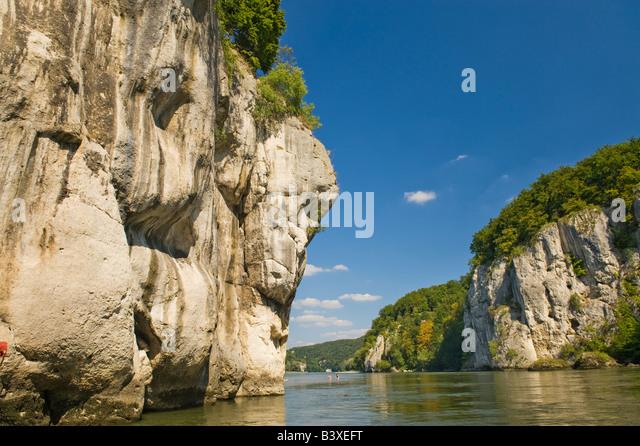 narrowing of the Danube weltenburg donaudurchbruch danube river The Danube breaks through the cliffs - Stock-Bilder