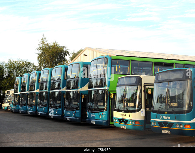 Arriva buses stock photos arriva buses stock images alamy for Garage ad buc