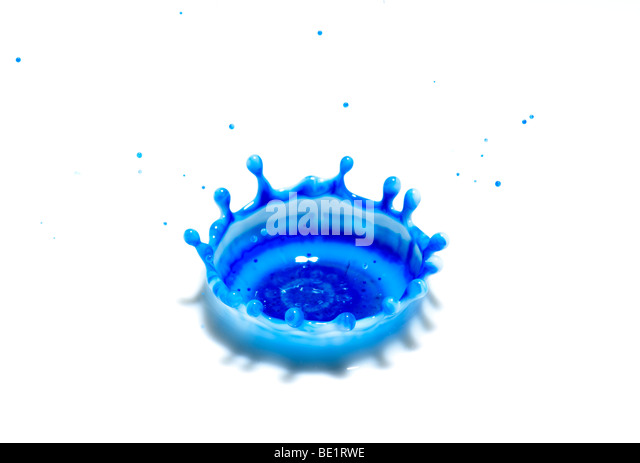 Ink droplet impact High-speed photographic technique showing coronet which forms after a droplet hits the surface - Stock Image