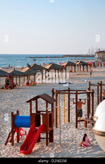 Beach huts and Leisure Area at Gordon Beach, Tel Aviv, Israel, Middle East - Stock Image