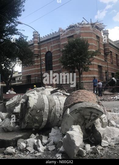 Orizaba 110, Roma Nte., Ciudad de México, Ciudad de México, Mexico. 19th Sep, 2017. A building partially - Stock Image