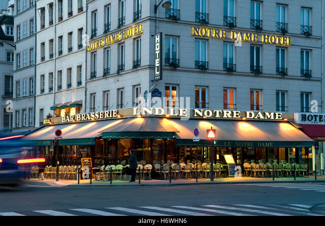 Brasserie paris stock photos brasserie paris stock for Hotel notre dame paris