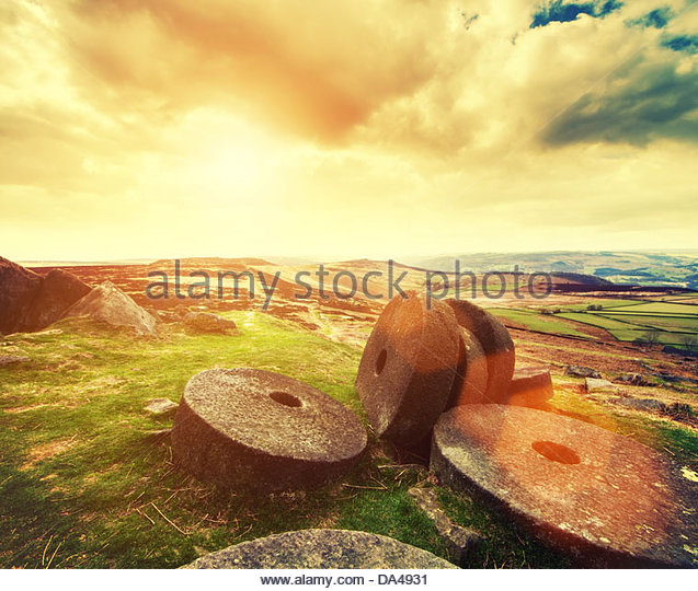 peak district millstones warm sky - Stock Image