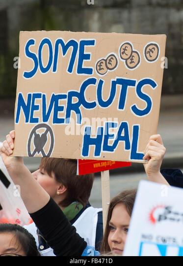 London UK. 09 January 2016 NHS Student nurses march against government plans to cut Bursaries. Credit: Michael Tubi/Alamy - Stock Image