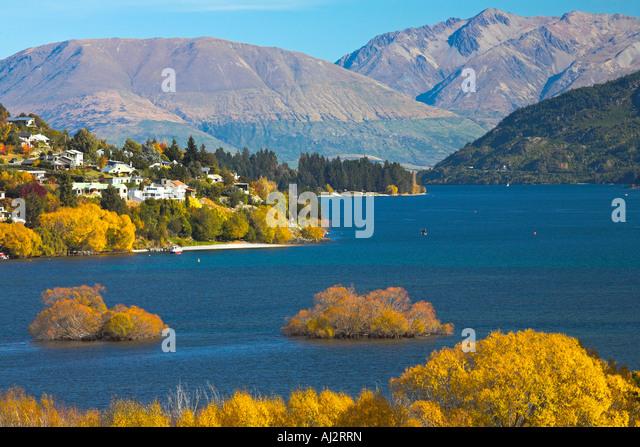 Autumn splendour beside Lake Wakatipu, Queenstown, New Zealand - Stock Image