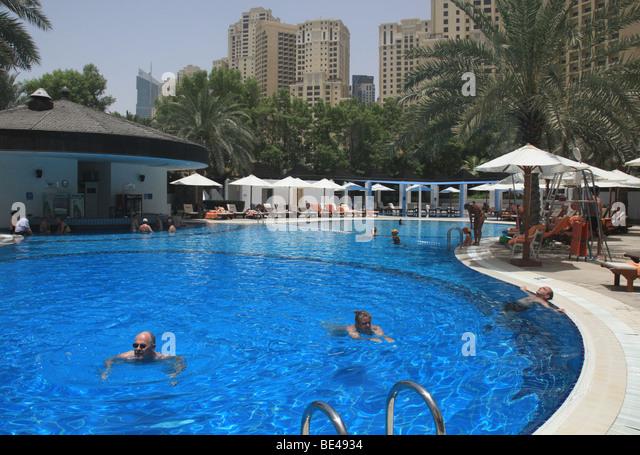 Jumeirah Beach Hotel Pool Stock Photos Jumeirah Beach Hotel Pool Stock Images Alamy