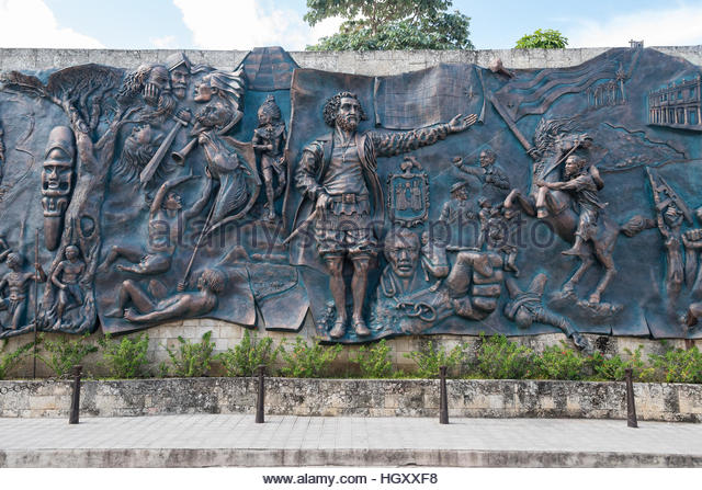 Pictorially stock photos pictorially stock images alamy for Bas relief mural