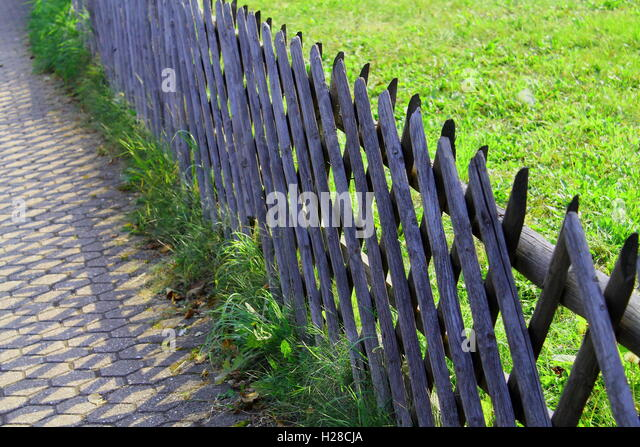 Paling fence stock photos images alamy