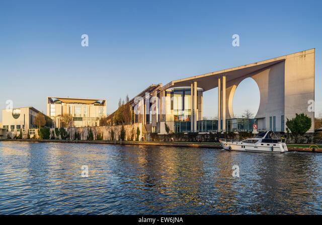 Bundeskanzleramt and River Spree, Berlin, Germany - Stock Image