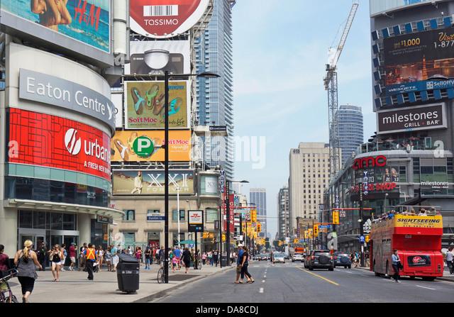 Toronto, Yonge Street, Yonge and Dundas, Eaton Centre - Stock Image