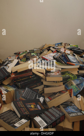 Untidy House Stock Photos & Untidy House Stock Images