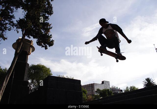Sometimes the skaters can fly - Stock-Bilder