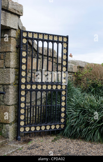 One of the pair of entrance gates, St Anthony Gardens, Penzance, Cornwall, England - Stock Image