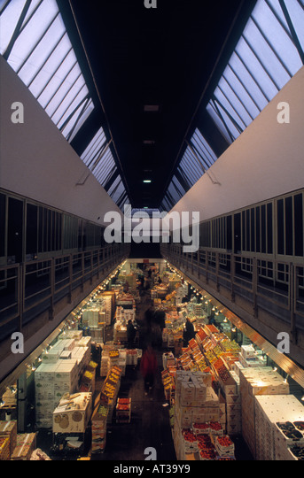 New Covent Garden Market is the largest wholesale market in UK - Stock Image