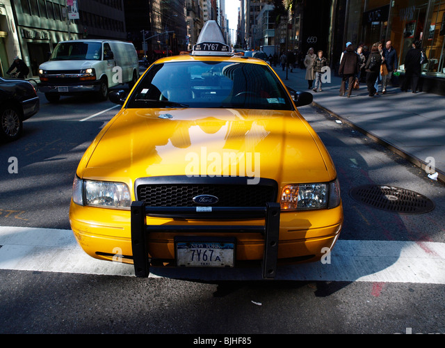Yellow Taxi Cab Madison Avenue New York Travel - Stock-Bilder