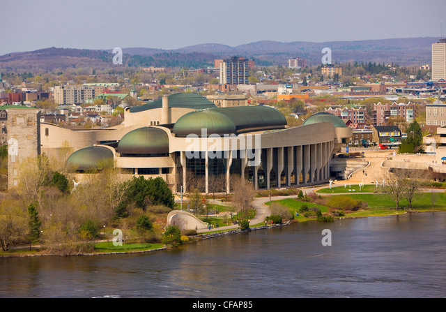 Canadian Museum Civilization banks OttawRiver - Stock Image