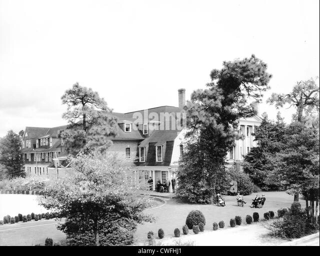 The Holly Inn, Pinehurst, North Carolina, ca 1940 - Stock Image