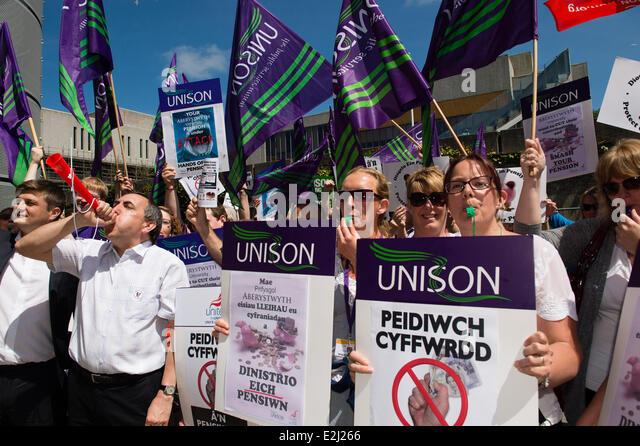 Aberystwyth Wales UK, Friday 20 June 2014 Around 70 members of Unite, Unison, the University and College Union (UCU) - Stock Image