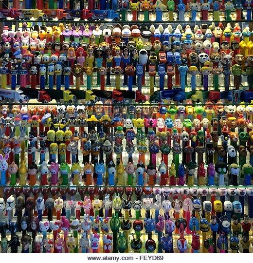 Full Frame Shot Of Pens On Display - Stock-Bilder