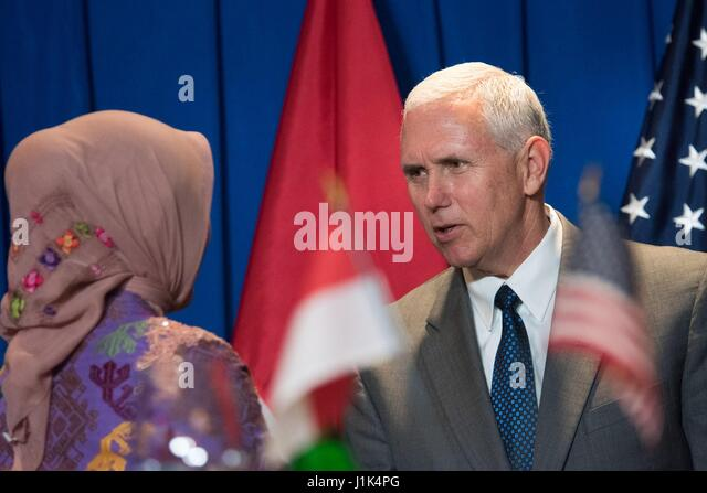 U.S. Vice President Mike Pence greets a student leader during a meeting with Young Southeast Asian Leaders Initiative - Stock Image