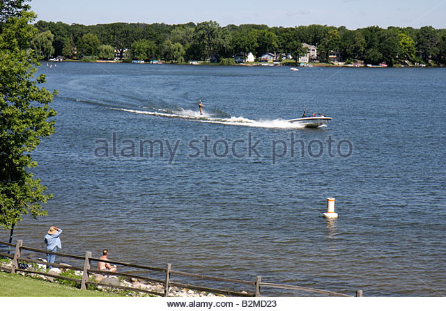 Wisconsin Kenosha Paddock Lake Old Settlers Park boating skiing water sport lakeshore scenic fishing - Stock Image