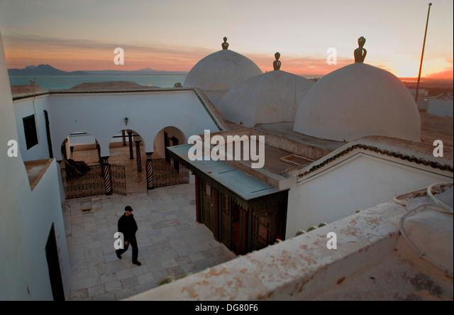 Tunez: Sidi Bou Said. Mausoleum of Sidi Bou Said - Stock Image