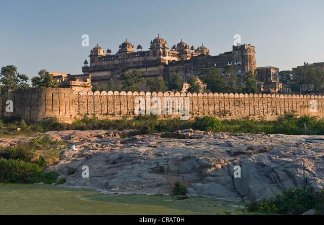 Raj Mahal Palast, Orchha, Madhya Pradesh, Nordindien, Indien, Asien - Stock-Bilder