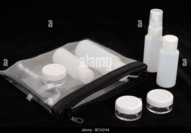 Travel-size container kit that is now allowed for carry-on luggage on airplane - Stock-Bilder