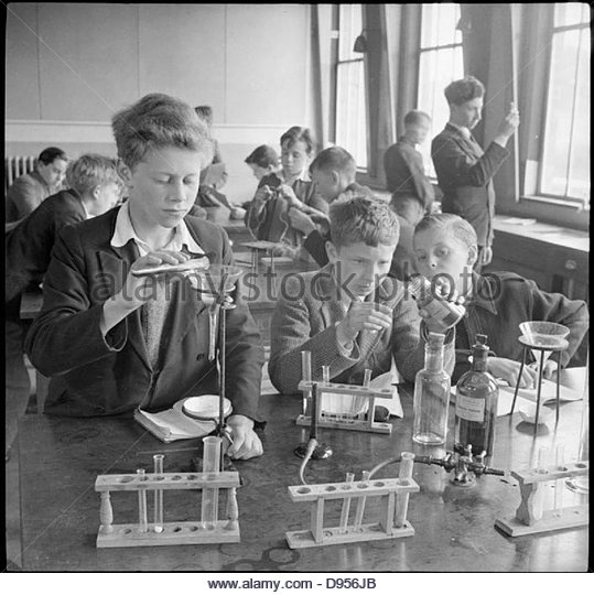 Country School- Everyday Life at Baldock County Council School, Baldock, Hertfordshire, England, UK, 1944 D20555 - Stock-Bilder