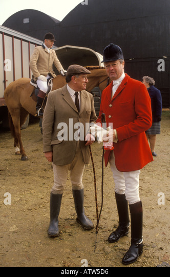 Major Ronnie Wallace and 11th Duke of Marlborough at a Fox hunt meet Heythrop Hunt Oxfordshire  England HOMER SYKES - Stock Image