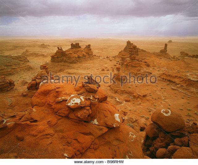 Spring sandstorm along the Adeiii Eechii cliffs Western Painted Desert Navajo Indian Reservation Arizona - Stock Image