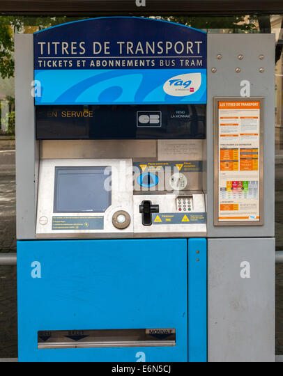 ticket machine france stock photos ticket machine france stock images alamy. Black Bedroom Furniture Sets. Home Design Ideas
