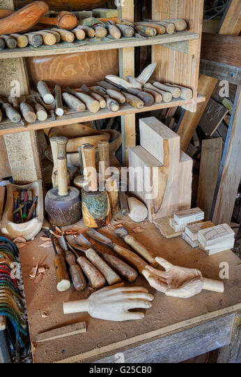 Wooden Mallets Stock Photos & Wooden Mallets Stock Images - Alamy