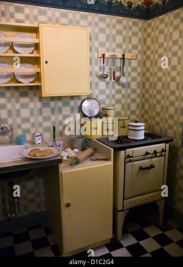 1930's / 1940's kitchen - Stock Image