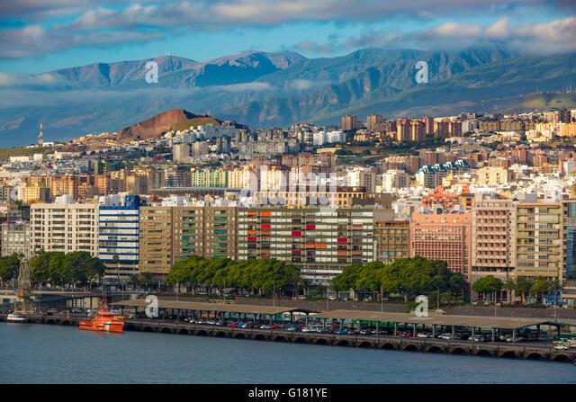 Early morning sunlight over Santa Cruz de Tenerife, Canary Islands, Spain - Stock Image