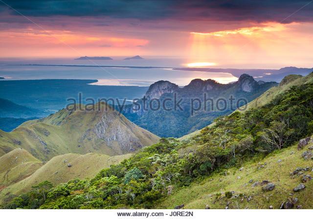 Dawn in Altos de Campana National Park, Panama province, Pacific slope, Republic of Panama. - Stock-Bilder