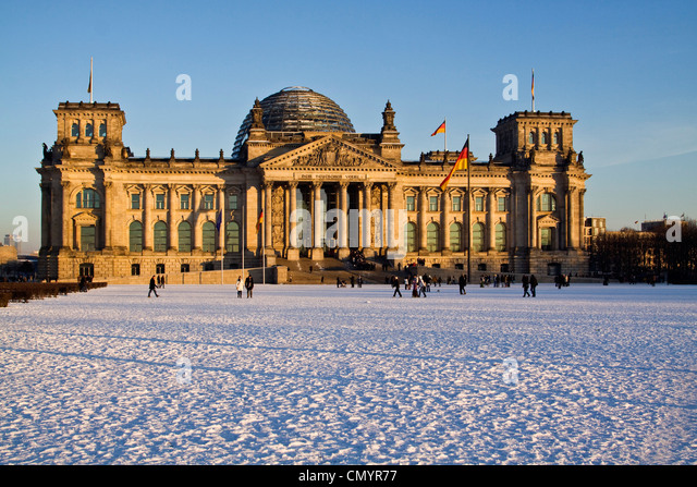 Reichstag building in winter with snow, outdoors, Berlin, Germany, Europe - Stock Image