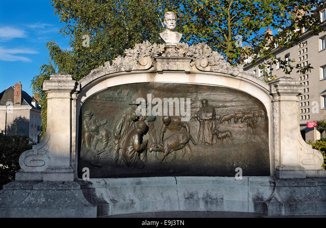 monument to louis pasteur, chartres, france - Stock Image