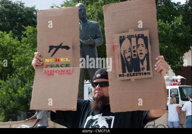 17 July 2012 San Antonio, Texas, USA - 17 July 2012 San Antonio, Texas, USA - A man from 'We Are Change' - Stock Image