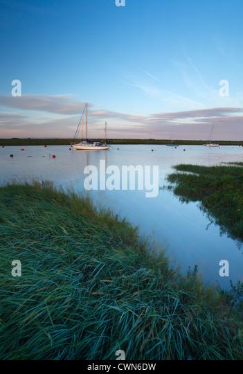 River Axe Estuary at high tide. Near Uphill, Somerset. England. UK. - Stock Image