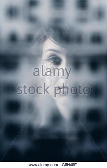 Pensive girl - Stock-Bilder