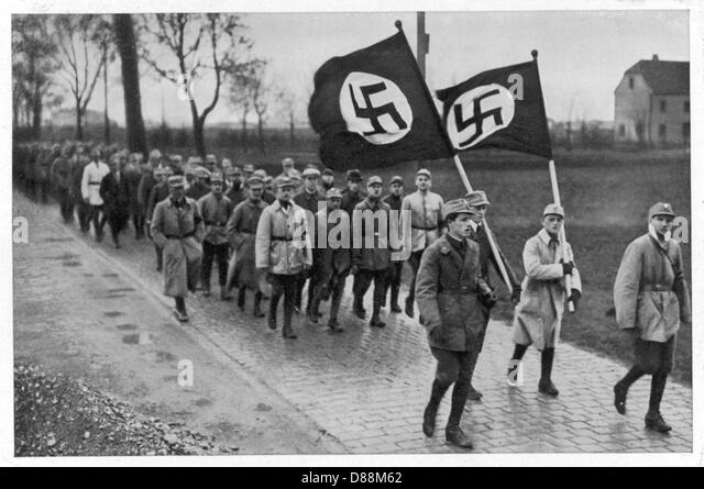 munich putsch 1923 The putsch grew out of hitler's attempt to exploit the crisis of 1923  a triumphal  march into munich was planned on 9 nov, but the police easily dispersed the.