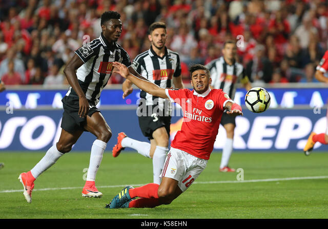 Benfica«s forward Toto Salvio from Argentina (C) suffering a penalty during the Premier League 2017/18 match - Stock Image