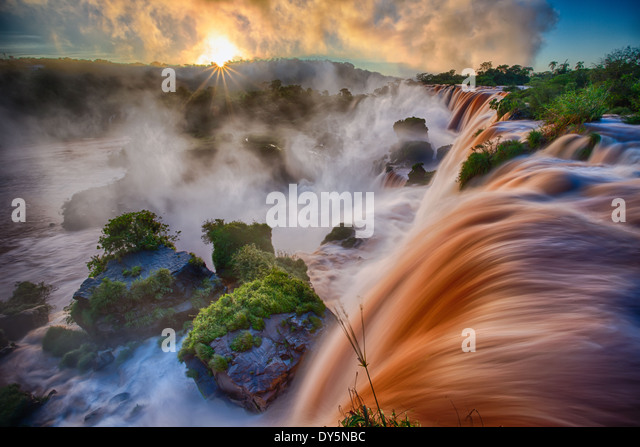 Iguazu Falls are waterfalls of the Iguazu River on the border of Argentina and Brazil - Stock-Bilder
