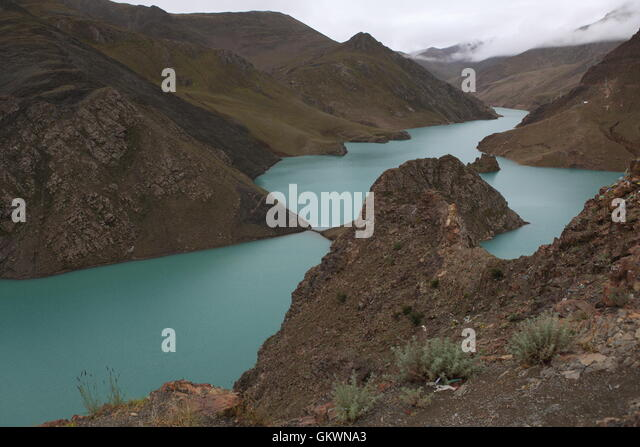 Yamdrok Lake in central Tibet - Stock Image