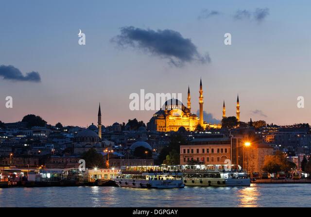 Süleymaniye Mosque, with Rüstem Pasha Mosque on the left, Golden Horn, Istanbul, european side, Turkey, - Stock Image