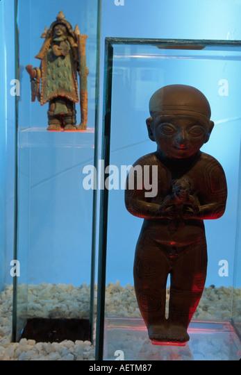 Ecuador Guayaquil Central Bank Museum artifacts exhibit Jama Coaque shaman Guangala artifacts - Stock Image