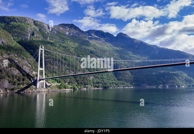 Hardanger stock photos hardanger stock images alamy for Suspension 3 branches